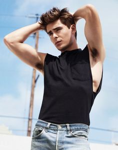 Zac Efron, hot damn.