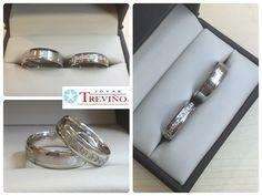 16052c477ac6 Argollas Matrimoniales en oro blanco 14K con diamantes naturales Diseño  especial Joyas Treviño  argollas