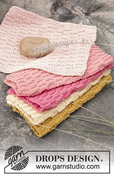 """Knitted DROPS cloths with textured pattern in """"Paris"""". Free Pattern"""