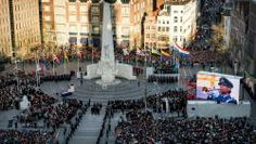 """Dodenherdenking bij het Monument op de Dam vorig jaar """"4 mei alleen voor slachtoffers WO II"""""""