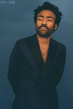 I have a crush on Donald Glover. Christopher Abbott, Frank Ocean, Pretty People, Beautiful People, Rapper, Photo Hacks, Childish Gambino, Best Dressed Man, The Best Films