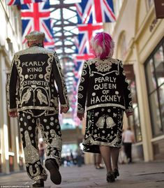 Diamond geezers: The Pearly King of Westminster, David Hitchin, and the Pearly Queen of Hackney, Jackie Murphy kick-off Jubilee festivities in London's Covent Garden today Old London, East London, London City, Westminster, Bunting, Elisabeth Ii, London Calling, British Isles, King Queen