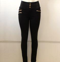 #legging #negro con #resorte en los #lados y #cierres #dorados