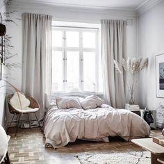 Best Scandinavian Bedroom Design For Simple Bedroom 24 Nordic Bedroom, Scandinavian Bedroom, Home Decor Bedroom, Bedroom Furniture, Scandinavian Style, Bedroom Ideas, Bedroom Inspo, Cosy Bedroom, Bedroom Inspiration