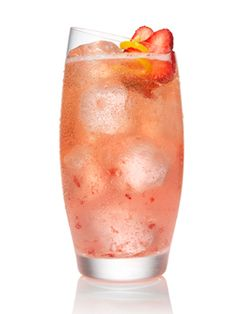 10 #Easter #Cocktails Made with Egg-Whites: Berry Bunny Colada