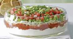 dip for nachos or pita Layered Nacho Dip, Viria, Dip Recipes, Cooking Recipes, Cottage Meals, Layer Dip, Dried Tomatoes, Stuffed Green Peppers, Entrees
