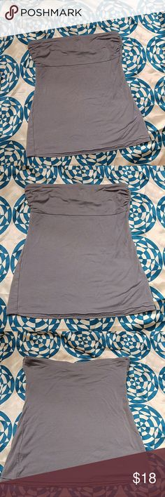 Banana Republic Tube Top Tank Top Very soft and comfy. Worn only a handful of times. There are no issues with shirt. The color is in between grey and purple, like periwinkle. Size Medium -True to size. 93% Lovell 7% Spandex Banana Republic Tops Tank Tops
