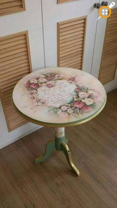 AMP Ana Sayfa - Ahşap boyama fiskos sehpa modelleri The Effective Pictures We Offer You About diy - Decoupage Furniture, Hand Painted Furniture, Paint Furniture, Shabby Chic Furniture, Table Furniture, Furniture Makeover, Furniture Ideas, Shabby Chic Crafts, Shabby Chic Decor