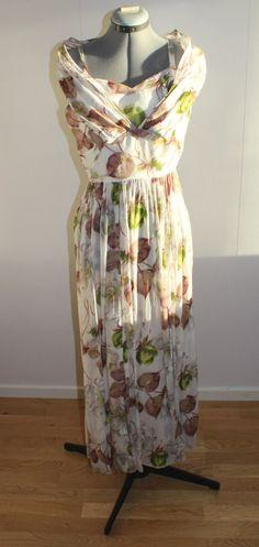 Vintage 1950s dress women, 1950s dress,Silk, Organza,1950s silk dress, Floral, floral gown, Gown, Small, 1950s dress,