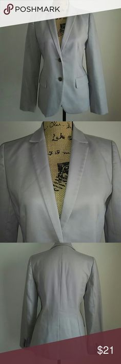 J Crew schoolboy blazer Blazer fully lined inside. 4 buttons on the sleeves. Waist accentuates. Vented back split. 2 front functional pockets. Pinstripes lining sleeves inside. j crew Jackets & Coats Blazers