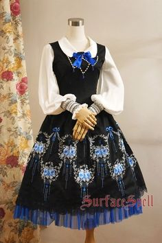 [in pink] Surface spell gothicLolita custom shop * * Gothic rose round dance original embroidered dress