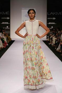 Shruti Sancheti Lakme Fashion Week S/R 2014