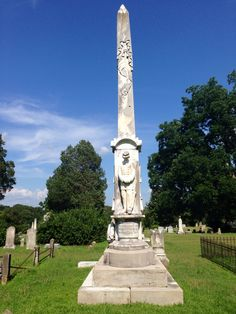 Confederate Monument to the fallen soldiers. Hillcrest Cemetery. Holly Springs, Mississippi.