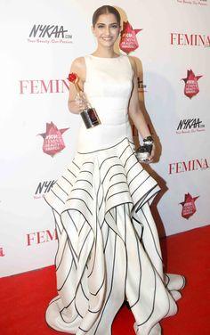 Sonam Kapoor at the Femina Beauty Awards 2015. #Bollywood #Fashion #Style #Beauty