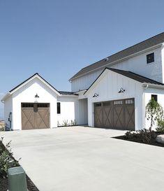 Modern Farmhouse Garage Doors. Magleby Communities.