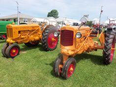 Minneapolis Moline tractors r - l: R & Z Lawn Tractors, Old Tractors, Minneapolis Moline, In Memory Of Dad, Old Farm Equipment, Antique Tractors, Old Cars, Farming, Beats