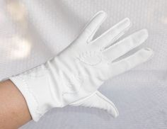 50's 60's Vintage White Gloves with Embroidery