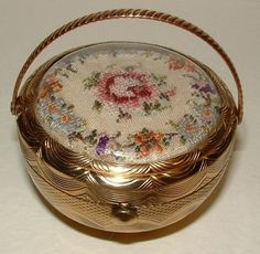 Petit point compact: