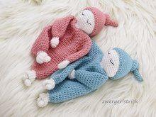 Wie bekommt mein Werk einen schönen gleichmäßigen Rand? Häkelanleitung Baby, Baby Kids, Crochet Baby Clothes, Crochet Hats, Knitting Patterns, Crochet Patterns, Beaded Angels, Security Blanket, Knitted Dolls