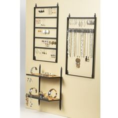 Royal Crown Black Metal Wall-Mount Earring Display