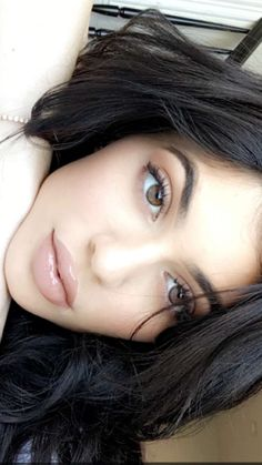 Image uploaded by king_kylizzle. Find images and videos about kylie jenner, jenner and kylie on We Heart It - the app to get lost in what you love. Photos Kylie Jenner, Kendall Y Kylie Jenner, Kylie Jenner Style, Kris Jenner, Kylie Jenner Face, Kourtney Kardashian, Kardashian Jenner, Maquillaje Kylie Jenner, Estilo Kylie Jenner