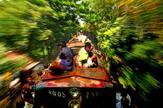 Travel Photographer of the Year – the best shots from Riding a train in Dhaka, Bangladesh Photography Competitions, Photography Awards, Art Photography, Commercial Photography, E Mc2, Documentary Photographers, Train Rides, Travel Photographer, Photojournalism