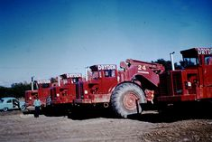 The Model 295 PayScraper was International's first real attempt at designing and building a motor scraper. International Moving, Earth Moving Equipment, International Harvester, Red Paint, Heavy Equipment, New Zealand, Construction, Trucks, Colour