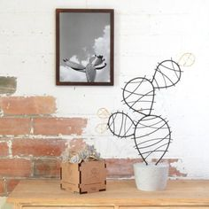 Cactus Oxydum design 038 interior - The world's most private search engine Wire Hanger Crafts, Wire Hangers, Wire Crafts, Metal Crafts, Diy And Crafts, Cactus Lamp, Cactus Decor, Cactus Cactus, Copper Wire Art