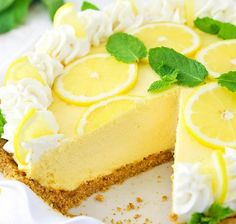 This Lemon Mascarpone Cream Pie is full of lovely lemon flavor! It's light and perfect for summer, and I love the addition of the smooth and creamy mascarpone cheese! Banana Cream Pies, Lemon Cream Pies, Lemon Desserts, Mini Desserts, Delicious Desserts, Yummy Food, Plated Desserts, Easy Pie Recipes, Sweet Recipes