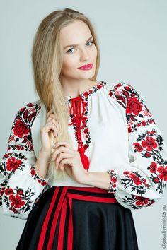 Купить или заказать Вышиванка сорочка женская 'Рута'  вышитая блуза в интернет-магазине на Ярмарке Мастеров. Сорочка женская 'Рута' - это сорочка вышиванка из льняного полотна с вышивкой акриловыми нитями в традиционной технике объёмный крест. Основной узор вышивки крестом на вышиванке - брокаривские розы, традиционный для нашего края. Яркие, правильной формы, розы расположены на рукаве и по уставке. Вырез и горловина, оформлена маленькими вышитыми дорожками.
