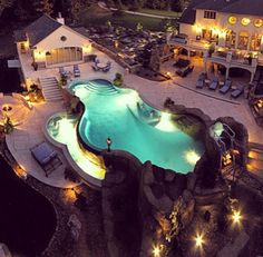 Talk about dream home! gorgeous!! I wanna go swimming in that pool!:)