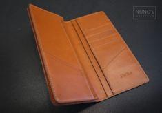 주문 제작한 장지갑입니다.. 사용가죽은 페코스 입니다. 포켓은 주문하신분 의뢰대로 제작해 드렸습니다.. ... Long Wallet, Card Holder, Leather Wallets, Women, Patterns, Rolodex, Leather Purses, Woman