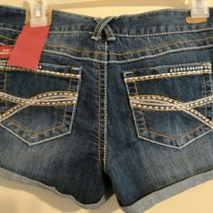 Cute Jean shorts Red camel shorts never been wore size 9 Red Camel Shorts Jean Shorts