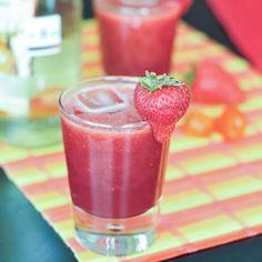 strawberry habanero margaritas via @spabettie - a spicy Valentine!