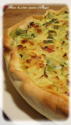 Leek and contemporary goat cheese tart gentle recipe Veggie Recipes, Vegetarian Recipes, Cooking Recipes, Healthy Recipes, Quiches, Omelettes, Light Recipes, Creative Food, No Cook Meals