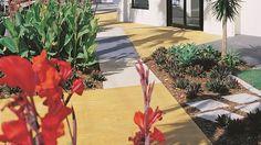 Barevné betony Colorcrete v exteriéru