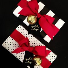 Christmas Blend:: Glamorous Christmas :: Red + Gold + Plaid — House of Valentina - Happy Christmas - Noel 2020 ideas-Happy New Year-Christmas Christmas Gift Wrapping, Christmas Presents, Holiday Gifts, Holiday Decor, Christmas Ribbon, Red Gifts, All Things Christmas, Christmas Holidays, Christmas Decorations