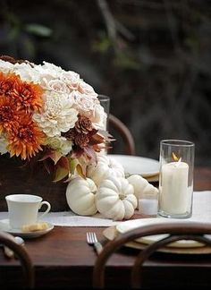 14 Fall Tabletop Ideas Thanksgiving Traditions, Thanksgiving Tablescapes, Holiday Tables, Thanksgiving Decorations, Happy Thanksgiving, Seasonal Decor, Happy Fall, Thanksgiving Countdown, Thanksgiving Flowers