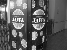 Jaffa-automaatti. #blackandwhite #Jaffa #omena #omppu #style #fashion #swag