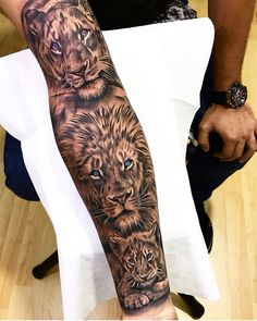 Awesome Lions forearm tattoo 🔥🔥🔥 Artist I Lion Arm Tattoo, Lion Forearm Tattoos, Lion Tattoo Sleeves, Leg Tattoos, Sleeve Tattoos, Arm Tattoos For Guys Forearm, Mens Leg Tattoo, Animal Sleeve Tattoo, Lion Sleeve