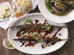 Gegrillte Makrelen mit Grenadinesoße ist ein Rezept mit frischen Zutaten aus der Kategorie Meerwasserfisch. Probieren Sie dieses und weitere Rezepte von EAT SMARTER!