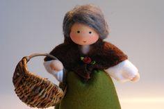 Mutter Erde - Blumenkind - Jahreszeitentisch von Katjas Puppenstübchen auf DaWanda.com