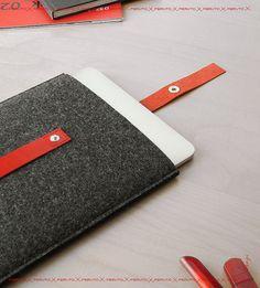 iPad case for your iPad iPad sleeve FUSION german wool felt by FERUTO Bags