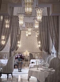 La Grande Table Francaise #Marrakech #RoyalMansour #Christmas #Decoration #Style #Luxury #Theme #Festive #Magical #Inspiration