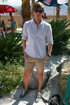 Clean and simple Spring/Coachella outfitRepin ByPinterest++ for iPad  Casual. Casual Shorts For MenCool