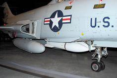 マクダネルF-101:武装