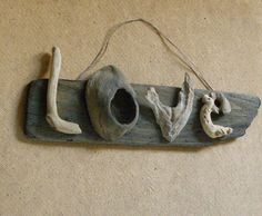 styleitchic:driftwood sign