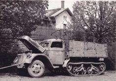 Ford Maultier VS 3000  (Sd.Kfz 3/4) Army Vehicles, Armored Vehicles, Armoured Personnel Carrier, Tank Armor, Germany Ww2, Daimler Benz, Vietnam War Photos, Ww2 Photos, Old Fords