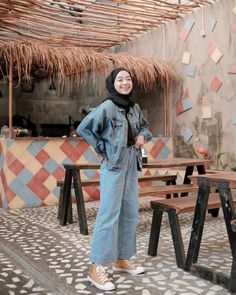 Modest Fashion Hijab, Street Hijab Fashion, Casual Hijab Outfit, Denim Outfit, Muslim Fashion, Denim Fashion, Fashion Outfits, Ootd Hijab, 80s Inspired Outfits