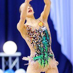 #karinakuznetsova #leotards #leotard #malla #maillot #купальник #swarovski #rhinestones #swarovskielements #maillots #inspiration #sport #deporte #rg #rhythmicgymnastics #gymnastics #gymnast #ginnasta #gimnasta #gymnastiquerythmique #гимнастика #художественная #gimnasiaritmica #ginnasticaritmica